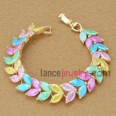Elegant bracelet with colorful zirconia beads decorated