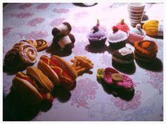 Different crotchet playfood...