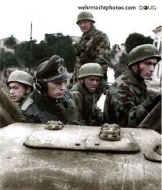 Fallschirmjäger riding on a Sd.Kfz. 231 (8Rad) of 15. Panzergrenadier Division - Italy '43