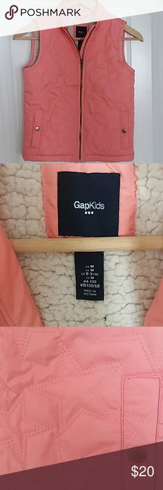 Gapkids Girls Vest Gapkids Girls medium fleece lined pink vest. Front has two snap button pockets. Vest is pink with textured star print. Only worn twice. GAP Jackets & Coats Vests