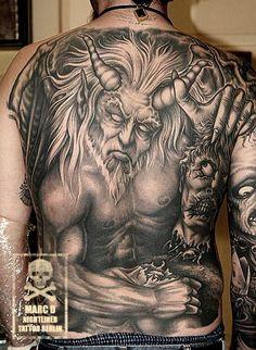 Teufel Devil Tot Dead chop the head off Black and White Schwarz Weiß Tattoo Ink