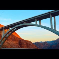 The Mike O'Callaghan-Pat Tillman Memorial Bridge is an arched concrete bridge, perched 840 feet above the Colorado River, which is bound by the magnificent Hoover Dam. The bridge comprises the widest concrete arch in the Western Hemisphere and is the highest concrete arch bridge in the world. https://play.google.com/store/apps/details?id=com.wi.guiddoo