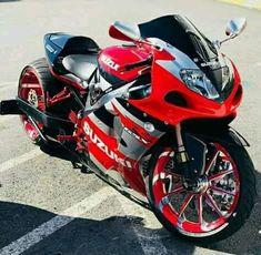 Not a Busa but looking Good Futuristic Motorcycle, Suzuki Motorcycle, Moto Bike, Custom Street Bikes, Custom Sport Bikes, Custom Hayabusa, Stunt Bike, Cool Motorcycles, Sportbike Motorcycles