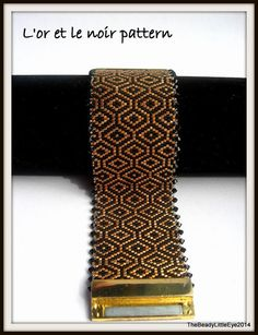 Peyote Bracelet Patterns Peyote Stitch Patterns Peyote Bracelet Beading Tutorials Peyote Bead Patterns Peyote Tutorials STYLE This Art Deco like pattern is simple yet beautiful with a lovely color palette in small diamond shapes. You can use this peyote pattern to make a Peyote cuff