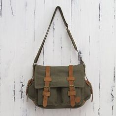 Leather accent cotton messenger bag, 'Journey to Manu' - Leather Accent Roomy Canvas Messenger Bag in Green (image 2)
