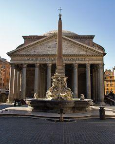 Donderdag 1 mei. Pantheon, Roma. Helaas was het dicht ivm feestdag.