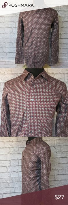 """Banana Republic Floral Print Casual Shirt M41 EUC Please double-check measurements below for a proper fit.   THE FIT Size - Large CHEST - Armpit to Armpit - About - 24"""" SHOULDERS - Seam to Seam - About - 19"""" SLEEVE - Center of Collar to End of Cuff - About - 36"""" LENGTH - Base of Collar to Hem - About - 32.50""""  THE DETAILS Long Sleeve Classic Fit Front Pocket 100% Cotton   PLEASE FOLLOW MY CLOSET FOR GREAT NEW DEALS EVERYDAY! THANK YOU FOR YOUR BUSINESS! Banana Republic Shirts Casual Button…"""
