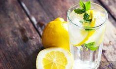 أهم الفوائد الصحية لتناول الماء بالليمون في…: إتباع بعض العادات الصحية اليومية ليس بالأمر البالغ الصعوبة، فتناول كوب من الماء مضاف إليه…