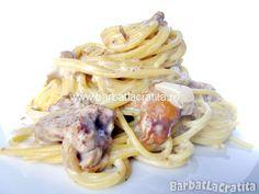 Spaghete cu sos de ciuperci Paste, Ethnic Recipes, Food, Meal, Essen, Hoods, Meals, Eten