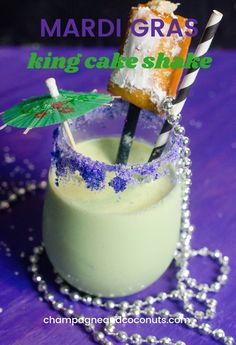 Our boozy rum king cake shake is made with Blue Bell's Mardi Gras Ice Cream. It's the perfect Fat Tuesday indulgence, especially topped with a beignet. Rum Cocktail Recipes, Cocktail And Mocktail, Rum Recipes, Shake Recipes, Donut Recipes, Cocktails, New Orleans King Cake, Ice Cream Floats, Frozen Drinks