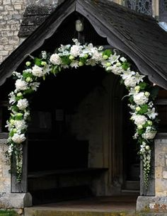 Flowers for weddings in Odiham and Hartley Wintney, Hamphire | Moutan