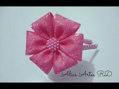 YouTube Flower Hair Bows, Diy Hair Bows, Diy Bow, Diy Ribbon, Ribbon Work, Ribbon Crafts, Hair Bow Tutorial, Fabric Flower Tutorial, Satin Flowers