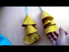 Trendy Diy Fashion Clothing Step By Step Saree Blouse Neck Designs, Fancy Blouse Designs, Saree Tassels Designs, How To Make Tassels, Sewing Blouses, Sleeves Designs For Dresses, Diy Tassel, Feather Design, Textiles