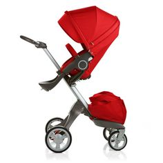 Hands down my favourite stroller of all time. Stokke Xplory.