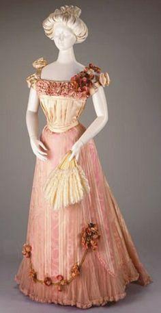 Victorian Dress 1889