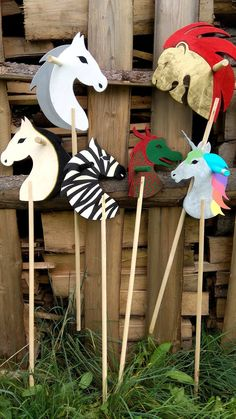 Stick horse - Wooden horse - Wooden toy - Wooden stick pony - HJbby horse - Ride on toy - Wooden pony - Ride on toy - Stick pony - Uunicorn Wall Clock Sticker, Easy Art For Kids, Stick Horses, Diy Christmas Presents, Pony Rides, Wooden Horse, Hobby Horse, Ride On Toys, Camping Crafts