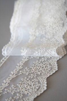 La Mariée en Colère décoration mariage rustic chic http://lamarieeencolere.com/post/34688950964/shopping-mariage