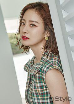 Dân mạng xôn xao vì 4 nữ thần Kim Tae Hee, Hoa hậu Park Si Yeon, Irene và Sulli sinh cùng ngày hôm nay - Ảnh 5.