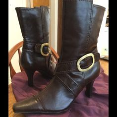 Mid calf brown Chinese Laundry boots Only tried on and never worn. Donated to my closet by my friend. I wish they were my size! This pair of boots would be great for the upcoming holidays! Dress em up or down! Make me an offer Chinese Laundry Shoes Heeled Boots