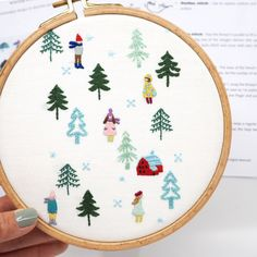 Hand Embroidery DIY PDF Digital Pattern: The Bathers -Beginner Tutorial-Modern Contemporary Embroidery Design-DIY Hoop Art-Embroidery tshirt Embroidery Hoop Crafts, Christmas Embroidery Patterns, Hand Embroidery Patterns, Vintage Embroidery, Embroidery Stitches, Baby Embroidery, Broderie Simple, Contemporary Embroidery, Dmc