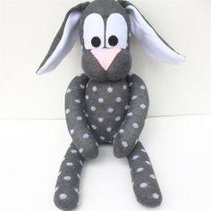 Resultado de imagen de marioneta calcetin manga Puppets, Dinosaur Stuffed Animal, Etsy, Animals, Floppy Disk, Ideas, Sock Bunny, Cute Socks, Sewing Toys