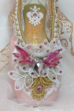 OOAK Pink and gold decorated pointe shoe. by DesignsEnPointe