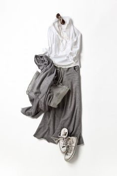 I love grey so this outfit's perfect!!