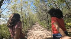 These unforgettable hikes are easy to tackle and kid-approved. Red Oak Tree, Picnic Items, Natural Playground, Organic Farming, Hiking Trails, Day Trips, Friends Family, The Great Outdoors, Hamilton