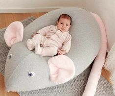 Huge Mouse Beanbag pillow baby bean bag kids by PocketsKidsKingdomImage gallery – Page 727542514780583564 – Artofit✨Here is the latest Unicorn pillow, Im in love with this piOne of the key determiners of a healthy development for a baby is good Baby Set, Baby Gift Sets, Huge Bean Bag Chair, Kids Bean Bags, Sewing Room Decor, Baby Sewing Projects, Baby Pillows, Quilt Baby, Sewing Toys