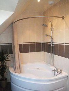 Bathtub Reglazing Ideas to turn your old bath tub to new Corner Tub Shower Combo, Corner Jacuzzi Tub, Corner Bathtub Shower, Bathroom Tub Shower, Bad Inspiration, Bathroom Inspiration, Kids Boy, Rideaux Design, Small Bathroom Renovations