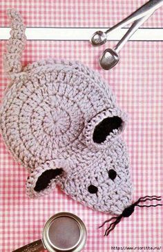 Crochet Pattern ONLY - Mouse Potholder or Puppet - Rug yarn Crochet Butterfly Pattern, Crochet Applique Patterns Free, Easter Crochet Patterns, Granny Square Crochet Pattern, Crochet Patterns Amigurumi, Annie's Crochet, Crochet Mouse, Crochet Gifts, Motifs D'appliques
