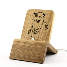 Sieh dir dieses Produkt an in meinem Etsy-Shop https://www.etsy.com/de/listing/559553078/dockingstation-edition-stier-fur-iphones