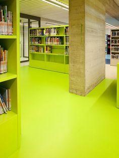 Seamless lime resin floor