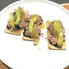 Tuna + salmas+ avocado
