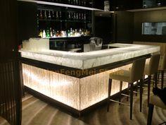 Modern home bar design ideas Kitchen Bar Counter, Bar Counter Design, Restaurant Restaurant, Modern Home Bar Designs, Modern Bar, Curved Desk, Buy Bar Stools, Marble Furniture, Furniture Design