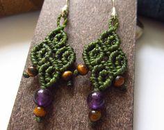 Dark Green Macrame Earrings with Amethyste & Tiger Eye Gemstone Beads