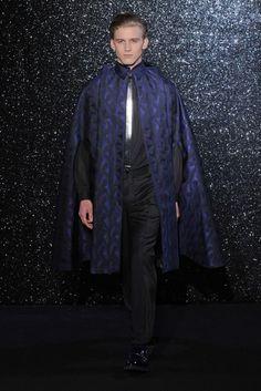 El nuevo renacimiento de las capas - Thierry Mugler