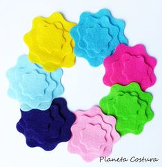 With these beautiful flowers you can make bouquets, hair ribbons for girls, decorate cards and gifts, and many other projects! This a set of 21 pieces, You will receive 3 felt flower of each color. The SET exactly as the picture. Size: 7cm - 5cm - 3cm Colors: apple green, light pink,