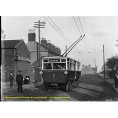 1923: Trolleybus, Wolverhampton Road, Wednesfield.