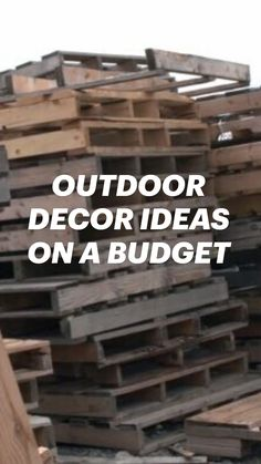 Backyard Projects, Outdoor Projects, Home Projects, Outdoor Decor, Pallet Crafts, Diy Pallet Projects, Wood Crafts, Diy Home Improvement, Diy On A Budget