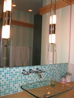 Glass sink & wall-mounted faucet