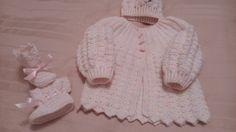 Casaquinho, touca, botinha p/ bebê 0-3 meses