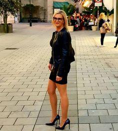 JADZIA  HANKUS . Leather Skirt, Photo And Video, Sexy, Instagram Posts, Skirts, Fashion, Moda, Leather Skirts, Skirt