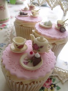 high tea cupcakes…adorable ❤