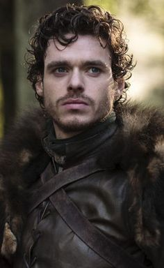 Robb Stark, Game of Thrones. look-a-like of Argentinian football player Fernando Gago.
