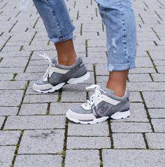 ec34d8e2a01 Sneakers Chanel Kaki expert-mobile-system.fr