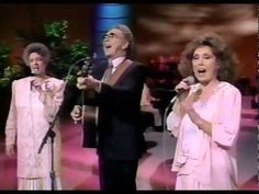Wendy Bagwell and the Sunliters performing on the Nashville Now television program that aired on the Nashville Network in Group members include Geraldi. Gaither Gospel, Gaither Vocal Band, Christian Song Lyrics, Christian Music, Music Songs, Music Videos, Southern Gospel Music, Then Sings My Soul, Christian Videos