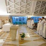 Papa Francisco en Santa Marta: La rivalidad y la vanagloria, dos gusanos que enferman a la Iglesia