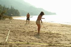🏸 Speedminton (now called crossminton is THE BEST lake game! Lake Games, Low Impact Workout, Fun Games, Monument Valley, Athlete, Entertaining, Couple Photos, Sports, Awesome
