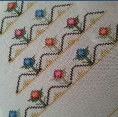 This Pin was discovered by ayş Cross Stitch Borders, Cross Stitch Designs, Cross Stitch Patterns, Embroidery Suits Design, Embroidery Designs, Palestinian Embroidery, Bargello, Baby Knitting Patterns, Needlepoint